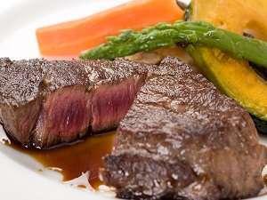 【露天・畳・ジャクジーの宿 リゾートハウス オックス】牛肉メインのコースとおもてなしが◎三種の部屋毎貸切風呂無料!