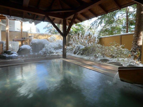 冬の露天風呂 花見の湯