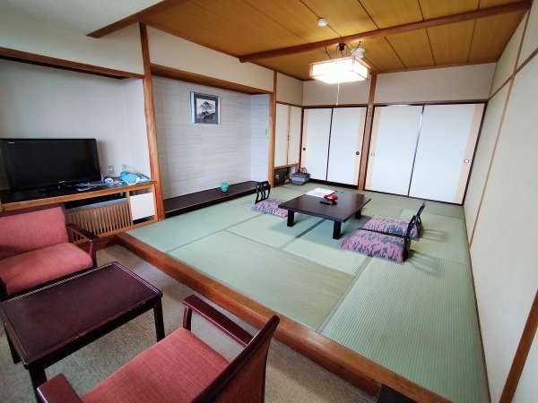 東扇10畳和室