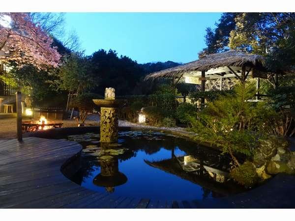 【ペットと泊まれる森のホテル ホテル四季の蔵】愛犬と旅するしあわせを…。パラダイスドッグリゾート & スパ