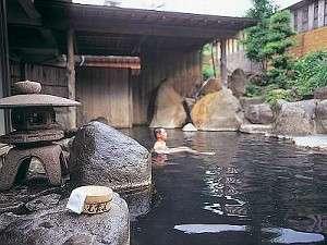 大露天岩風呂「幸運の湯」源泉100%掛け流し