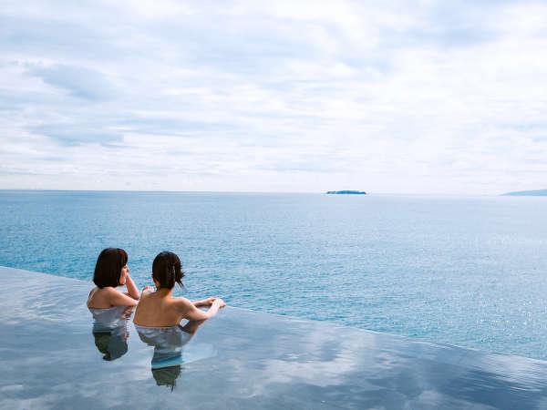 【スパリウムニシキ】インフィニティデザインを採用したお風呂はまるで海に浸かっているような感覚♪