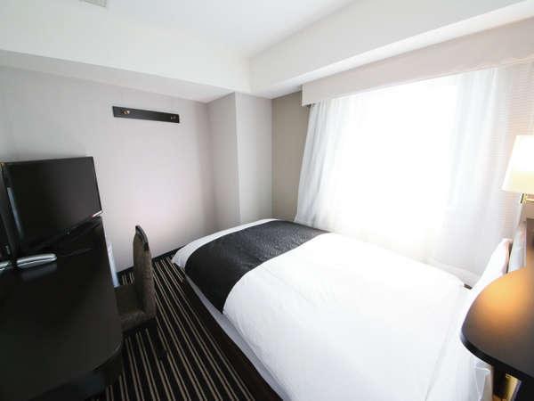 シングル(広さ11㎡/ベッド幅122cm×1台)