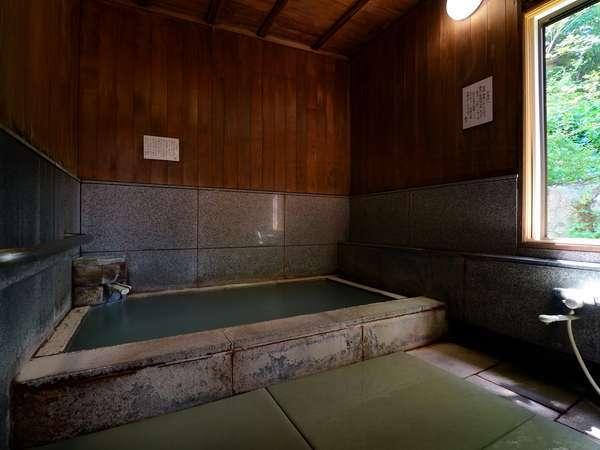 貸切家族風呂。蔵王温泉で24時間無料は当館のみ!ご家族で・カップルで心ゆくまで蔵王の名湯を独占する贅沢