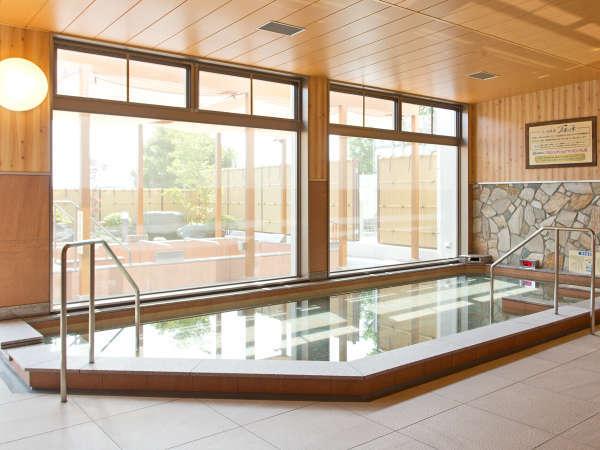 *体に優しい成分が特徴の温泉。大人から子供まで安心してご入浴できます