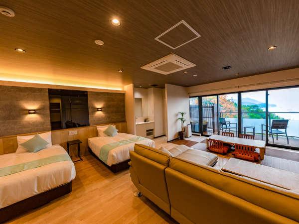 【洋モダンジュニアスイート和洋室】「ビーチリゾート」をテーマに設計された43平米の客室