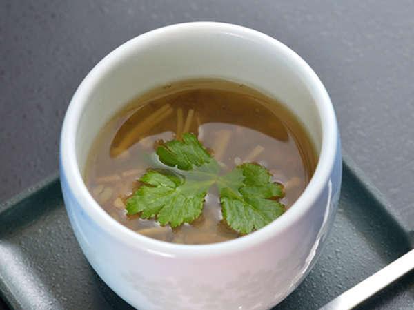 *夕食一例/当館名物「そば粥」は、会津産のそば米と季節の野菜で仕上げた、やさしいお味が好評!