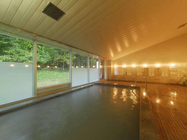 *温泉(高原の湯)/源泉掛け流し乳白色の硫黄温泉をお愉しみください