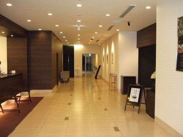 ◆ホテル1階フロントロビー周辺