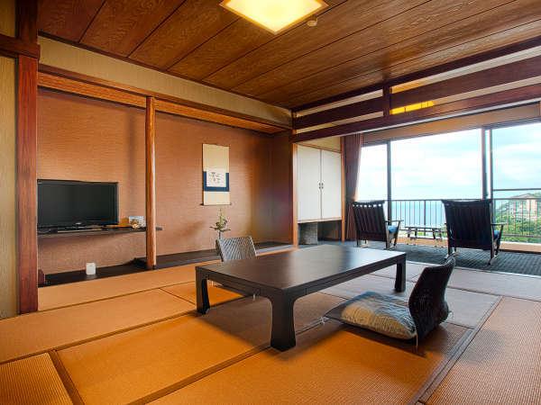 【禁煙】海眺め和室「内装や畳を一新し、シックで落ち着いた印象の和室に仕上げました」2017年7月