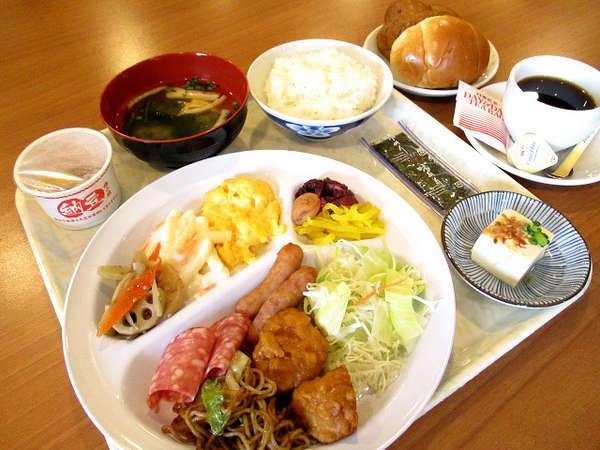 朝食バイキング無料サービス(例)