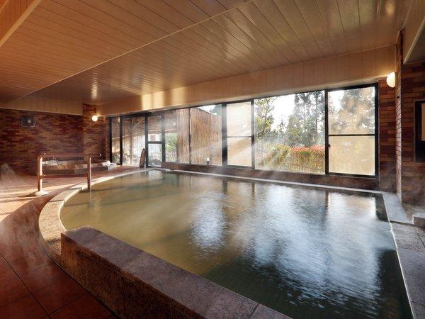 【大浴場「ひめさゆり」】喜多方のレンガをイメージしたモダンなお風呂です。