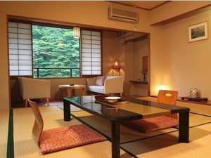 Syunkanrou is comfortable,  spacious room. with bath and toilet. (cannot be specified.)
