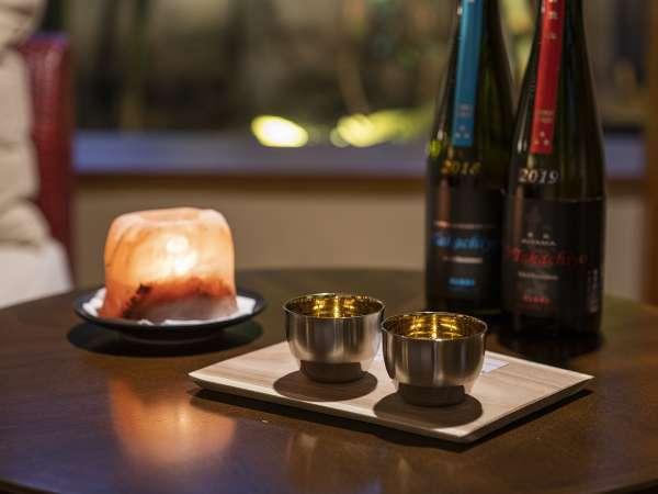 日本酒ラウンジは、各種限定酒を取り揃えております♪あなたに合った日本酒を探してみては?