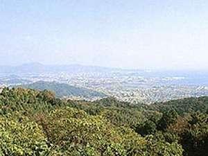 三河湾を一望した高台からの景色