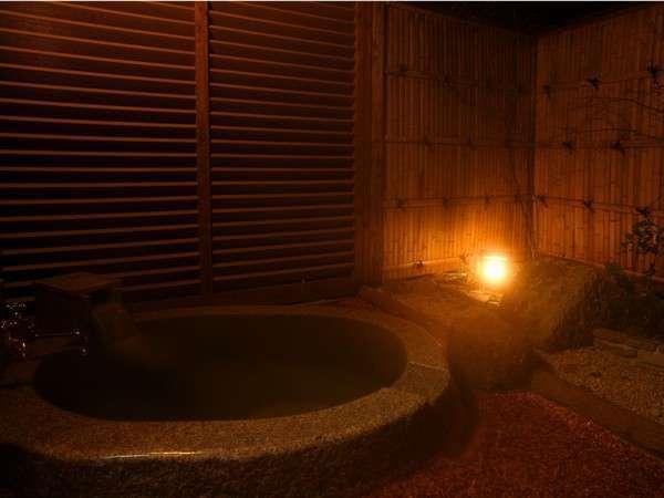 客室専用の天然温泉露天風呂