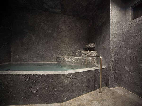 2013年リニューアルオープン♪YUKKURA INN(ゆっくらイン)の浴場「洞窟風呂」のイメージ♪