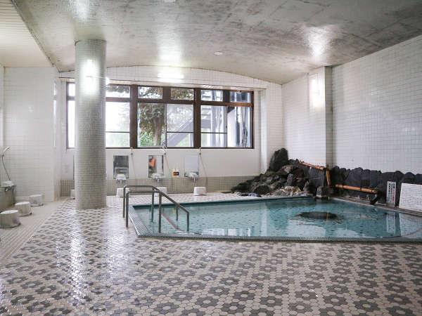 【大浴場一例】高い保湿力と保温力のミネラル豊富な「トロン温泉」