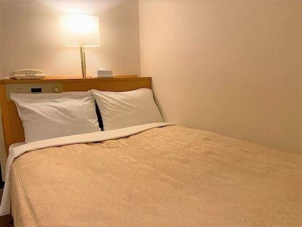 120cm幅ベッド  カップルでご利用ください。