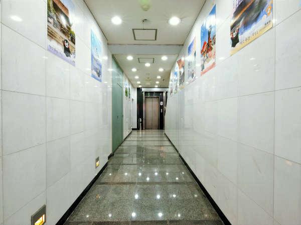 ◆エレベーターホール◆1Fからエレベーターでお上がりいただけます