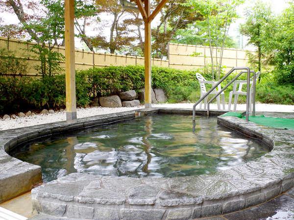 【露天風呂】お風呂は敷地内の「ゆの館」へ♪トロトロの美肌のお湯でお肌ぷるぷる!