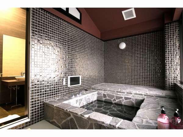 金の部屋 風呂
