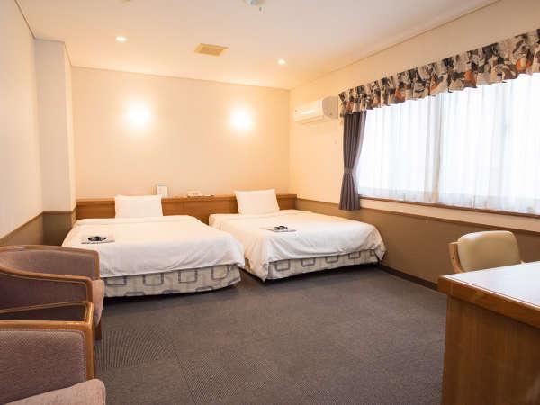 ツインルーム(ベッド140cm幅×2)