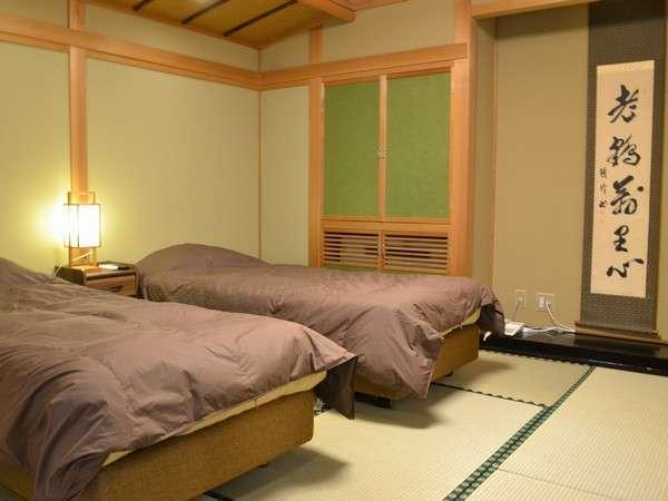 10畳+8畳の508号室はベットをご用意しています
