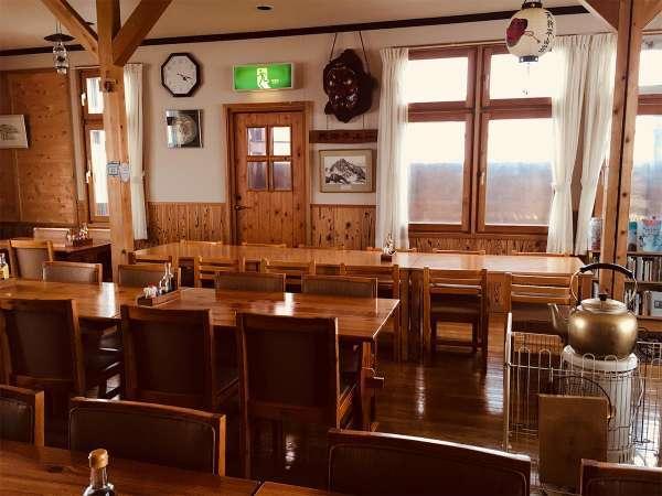 食堂は10時から14時までは宿泊以外のお客様にもご利用いただいております。