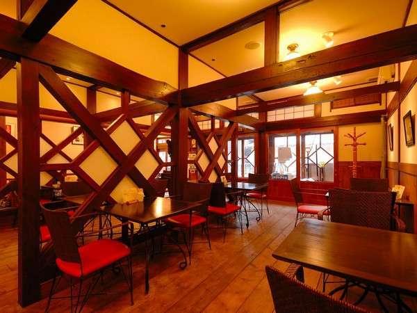 1Fカフェ「スワローネ」、ドリンクやランチ(状況でランチの休みあり)を提供(別料金)