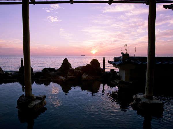 夕陽が美しい大浴場露天風呂