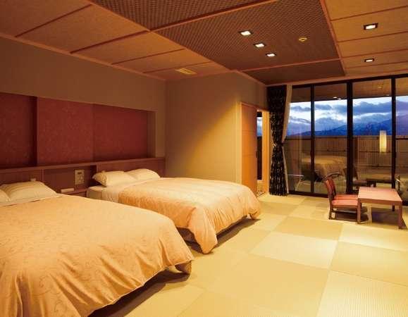 和洋室(畳6畳・ベッドルーム・露天風呂・洋式トイレ)