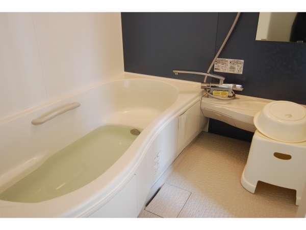 (オナーズヒル3)バスルーム。1坪サイズ