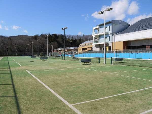 合宿に最適!テニス合宿やサークル・クラブ活動に! テニスコート6面(オムニコート)