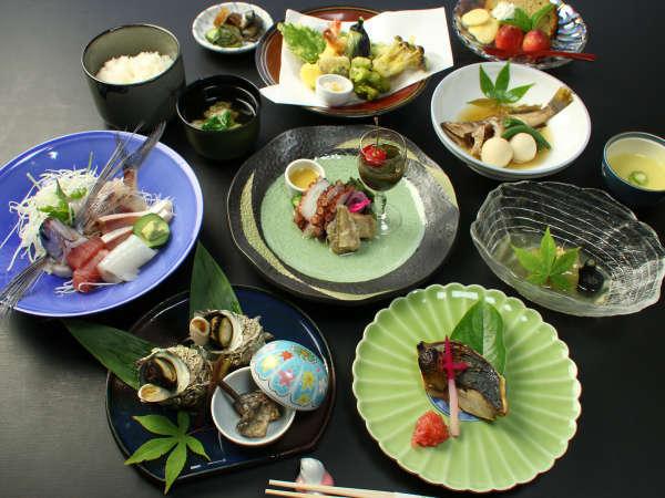 【料理民宿いながき】天然温泉と個室食!はなれ湖畔に佇む京風懐石料理が美味い小さな宿