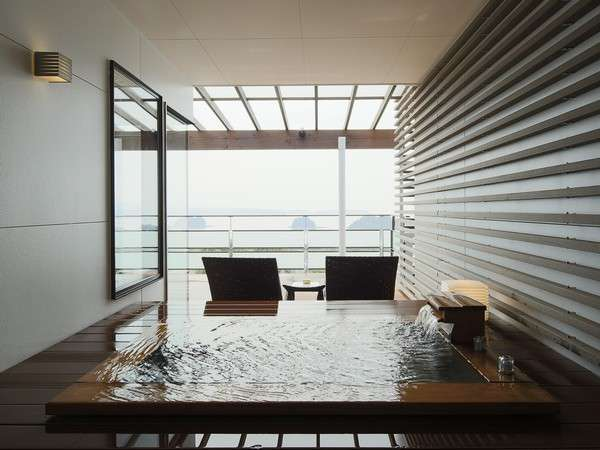 サンセットビュージュニアスイート客室露天風呂