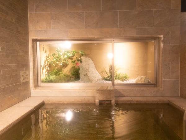療養泉に分類され単純温泉(低張性弱アルカリ高温泉)♪お肌にやさしく敏感肌の方や妊婦さんにおおすすめ♪