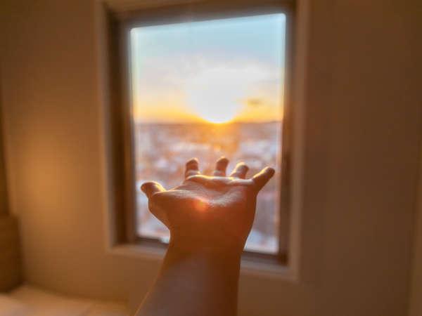 部屋からの夕景♪落ち着いた空間で癒しのひとときを