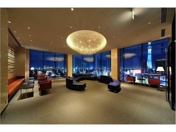 Lobby (13F) 夕方