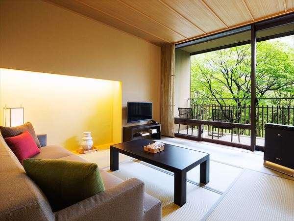 【客室イメージ】畳敷きの気持ちよさと、ソファでくつろぐ快適さの両方をご提供します