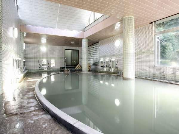 雲仙で最大級を誇る温泉浴場