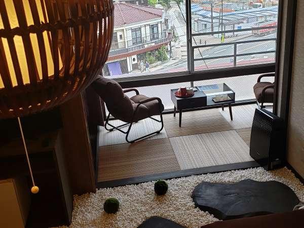 古民家風・庭園をテーマにしたお部屋快適・睡眠、眺めにこだわった和洋室となっております。
