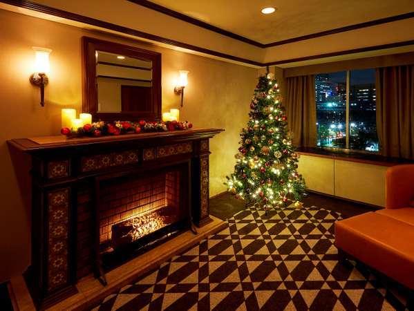クリスマス装飾のスイートルームでいつもと違ったクリスマスを