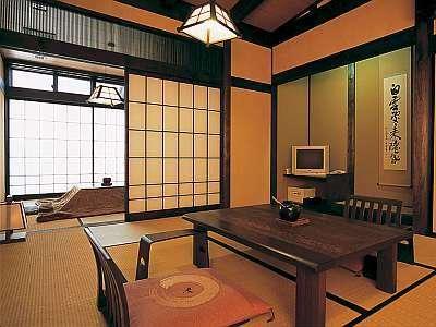 【和楽亭】お部屋一例 冬はこたつで雪見をしながらごゆっくりと。
