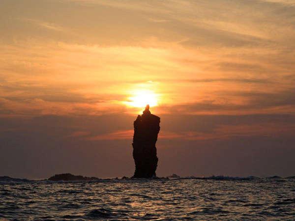 ロウソク岩遊覧は、隠岐に来たならぜひ体験して下さい♪