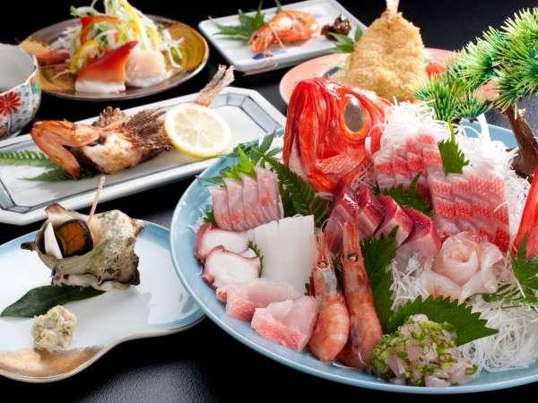 ある日の旬魚盛り合わせの料理一例(夏バージョン)