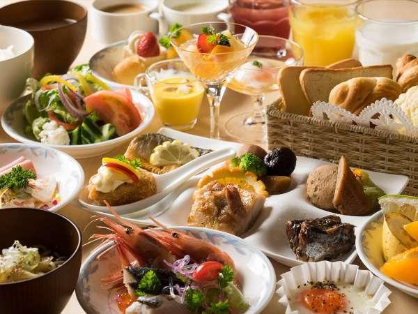 当ホテルシェフ手作りの彩り鮮やかな朝食和洋ブッフェ☆ ごはん、味噌汁もすべて天然温泉水を使用。