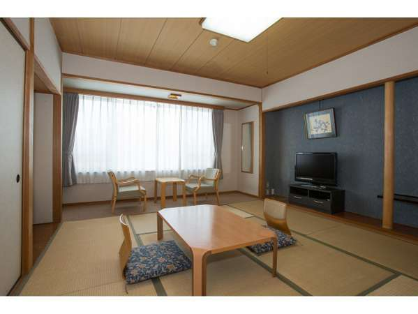 伊東園ホテル 草津:和室のお部屋一例(アウトバス)
