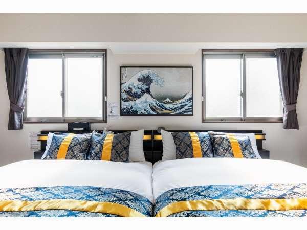 寝室は14畳,25㎡で、リビングダイニングと仕切れるスイートタイプ。ふかふかベッドが自慢です!
