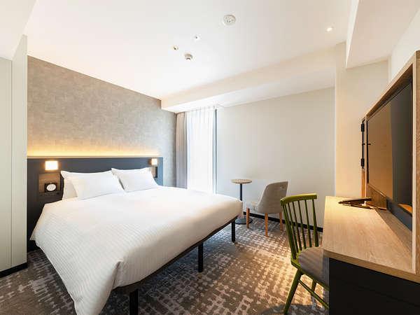 【客室】スーペリアダブル・・部屋広さ…16㎡・宿泊人数…1~3名・ベッド幅…160cm